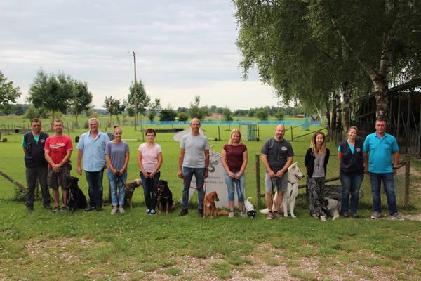 Begleithundeprüfung in der Hundeschule Waldstetten Kreis Günzburg