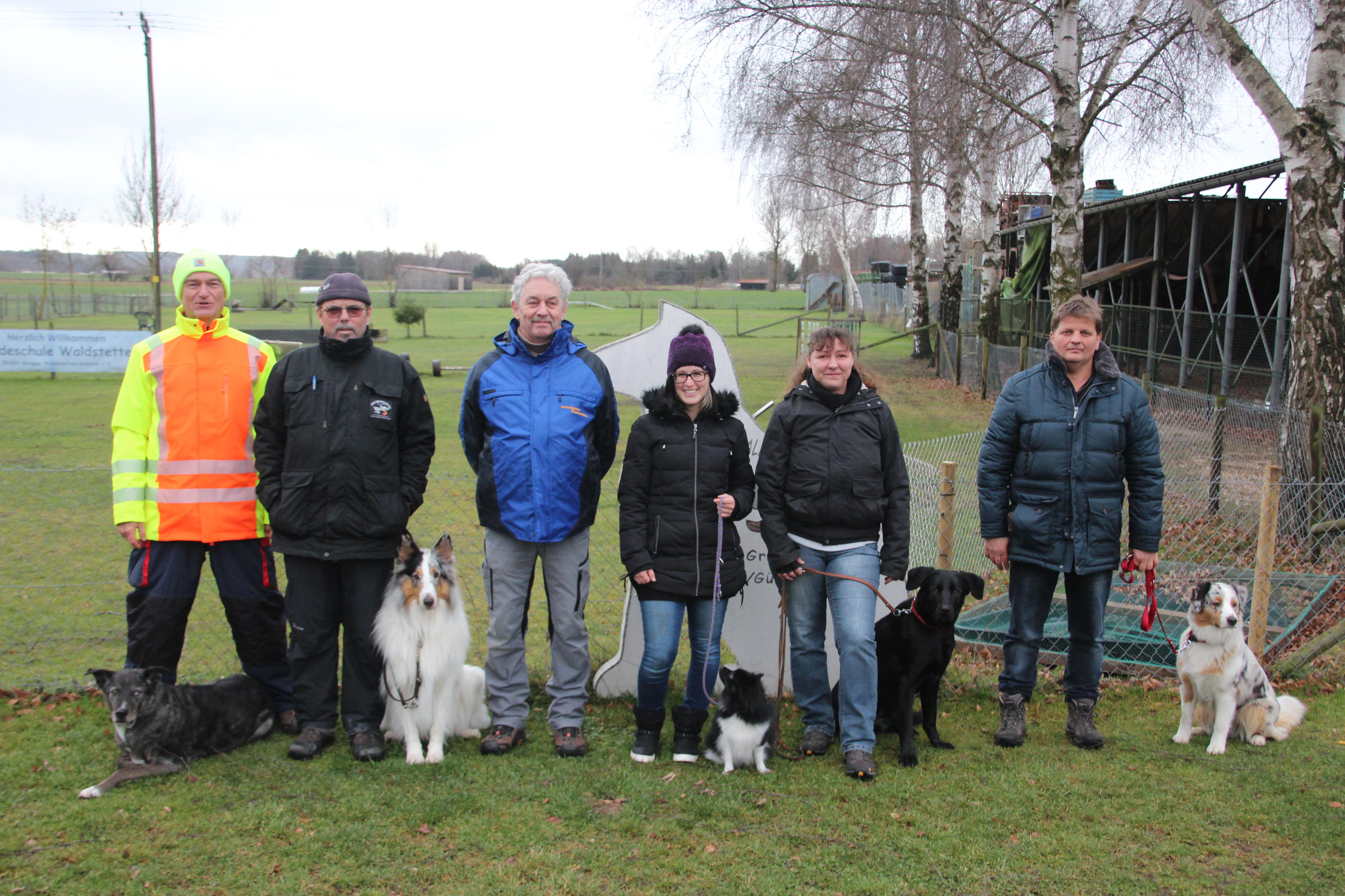 Begleithundeprüfung Hundeschule Waldstetten Kreis Günzburg