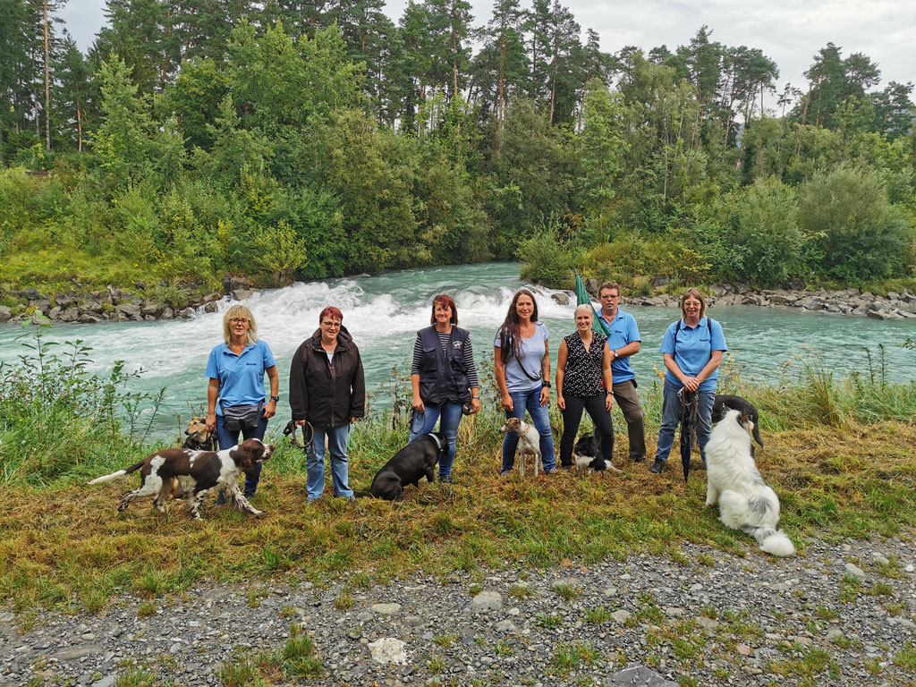 Übungsleiter Seminar Suchen und Apportiern der Hundeschule Waldstetten